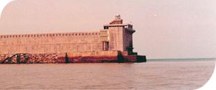 Faro puerto santurce